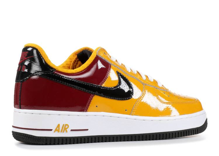 Roux Ninguna imitar  Air Force 1 Premium 'Portugal World Cup' - Nike - 309096 701 - gold  leaf/black-team red-white | Flight Club