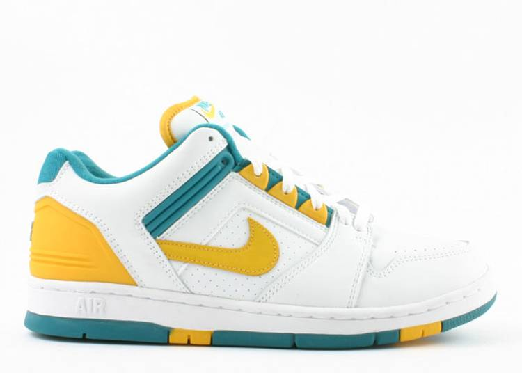 Air Force 2 Low 'Hectic'