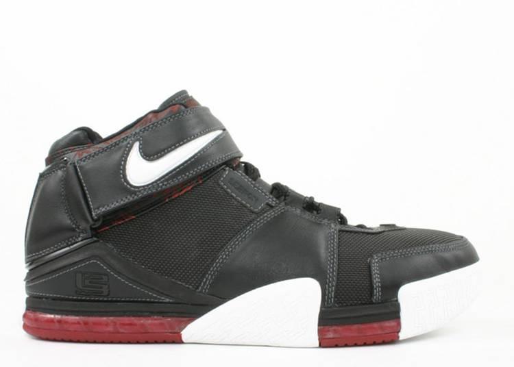 Zoom LeBron 2 'Black Crimson'