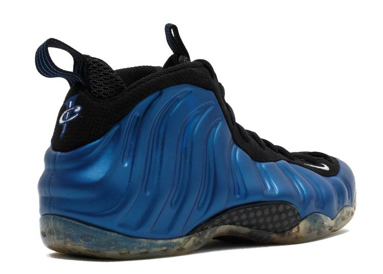 Nike Air Foamposite One Blue Mirror Official Images andAnalítica