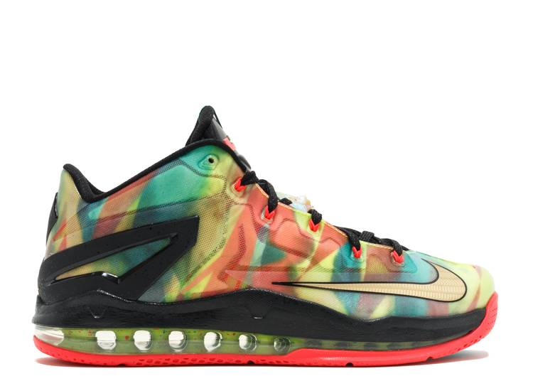 Max LeBron 11 Low SE 'Multi-Color'