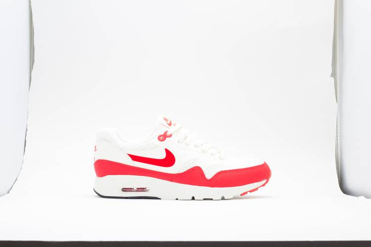 Wmns Air Max 1 Ultra Essential 'Challenge Red'