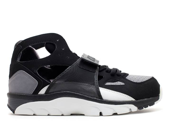 Air Trainer Huarache B