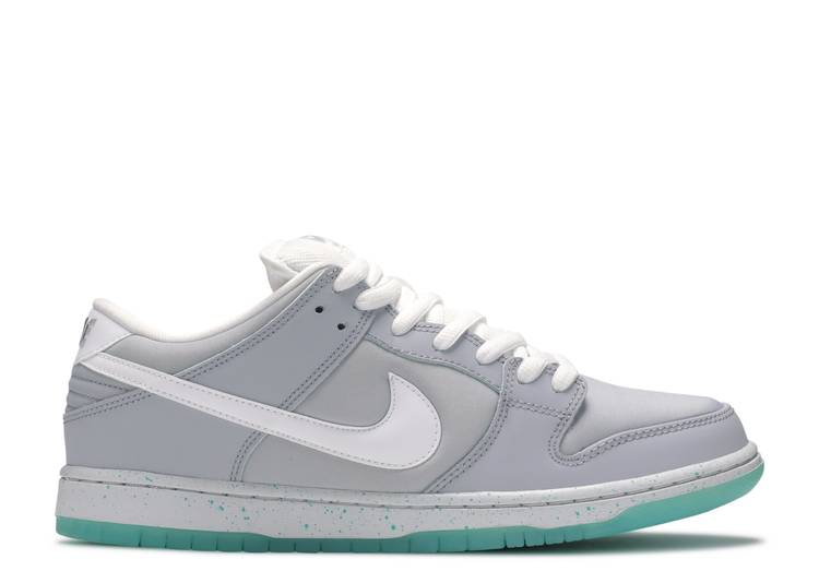 "dunk low premium sb ""marty mcfly"""