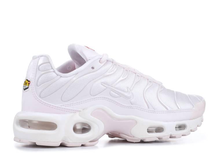 nike air max plus womens pale pink