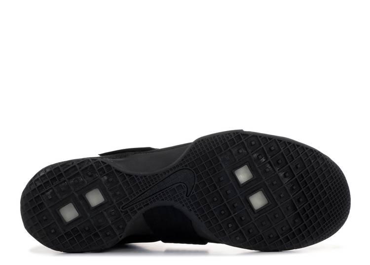 Impedir Tratado Anormal  LeBron Soldier 10 'Black Space' - Nike - 844374 001 - black/black | Flight  Club