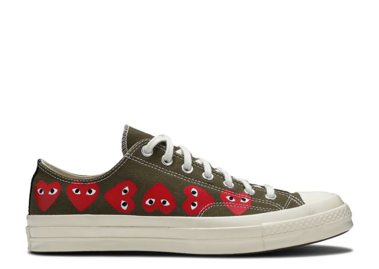 chuck 70 low  'Multi Heart'