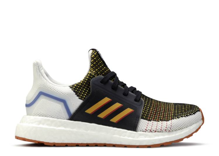 Toy Story 4 x UltraBoost 19 C 'Woody'