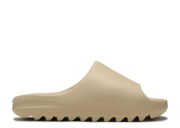 """Yeezy Slides 'Desert Sand' """"Desert Sand"""""""