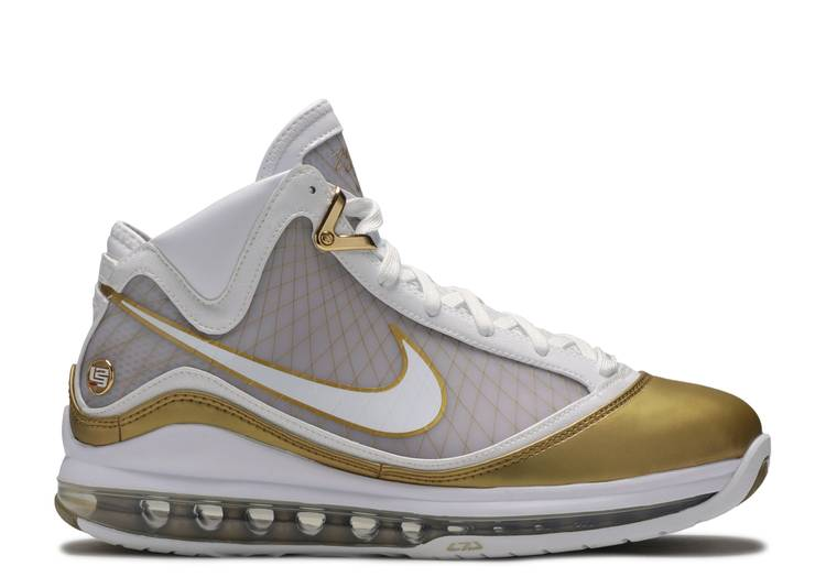 Air Max LeBron 7 Retro QS 'China Moon' 2020