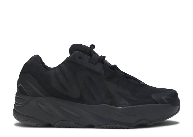 Yeezy Boost 700 MNVN Kids 'Triple Black'