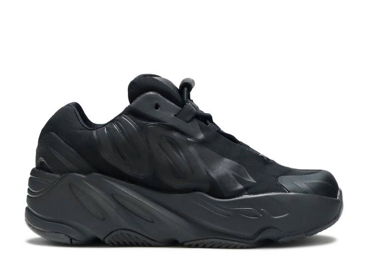 Yeezy Boost 700 MNVN Infant 'Triple Black'