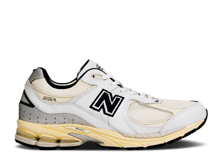 thisisneverthat x 2002R 'White'