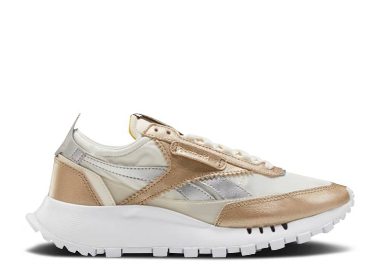 Wmns Classic Leather Legacy 'Champagne Silver'