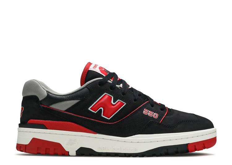 550 'Black Red'