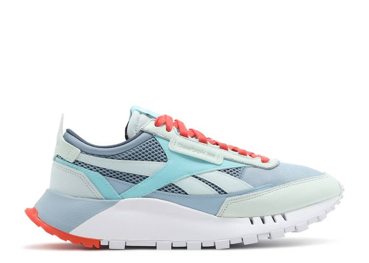 Classic Leather Legacy 'Chalk Blue'
