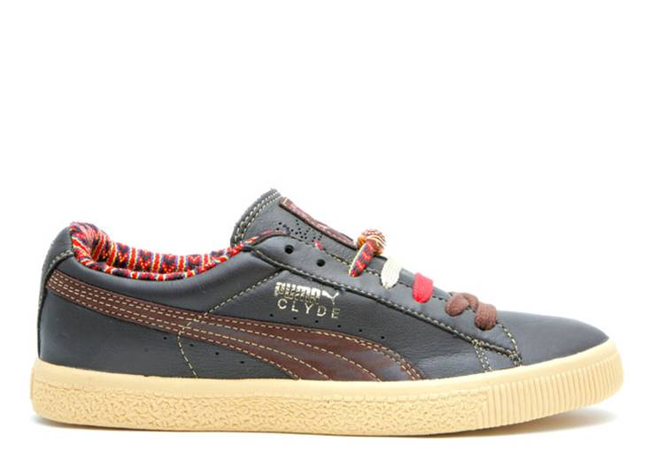 Sneakersnstuff Clyde