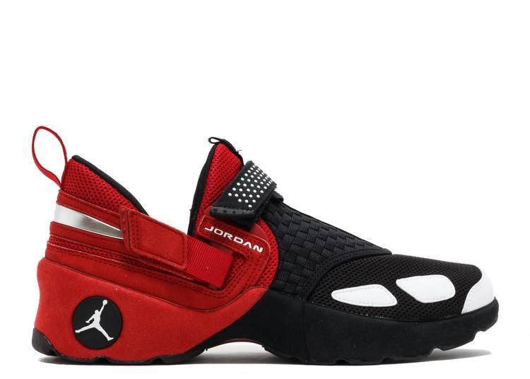 Jordan Trunner LX OG 'Black Gym Red'