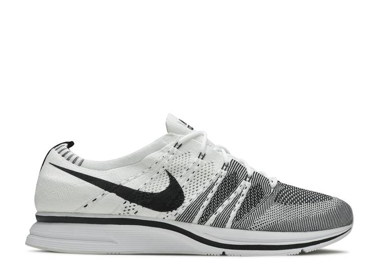 nike flyknit trainer shoes
