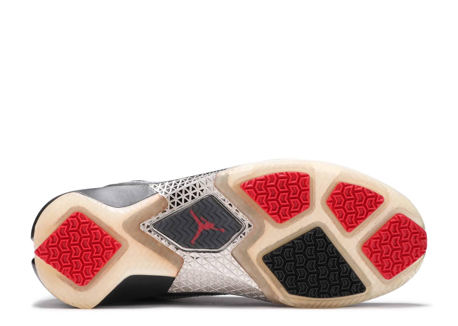 on sale 9bae1 8fb01 Air Jordan 22 - Air Jordan - 315299 001 - black varsity red-metallic silver    Flight Club