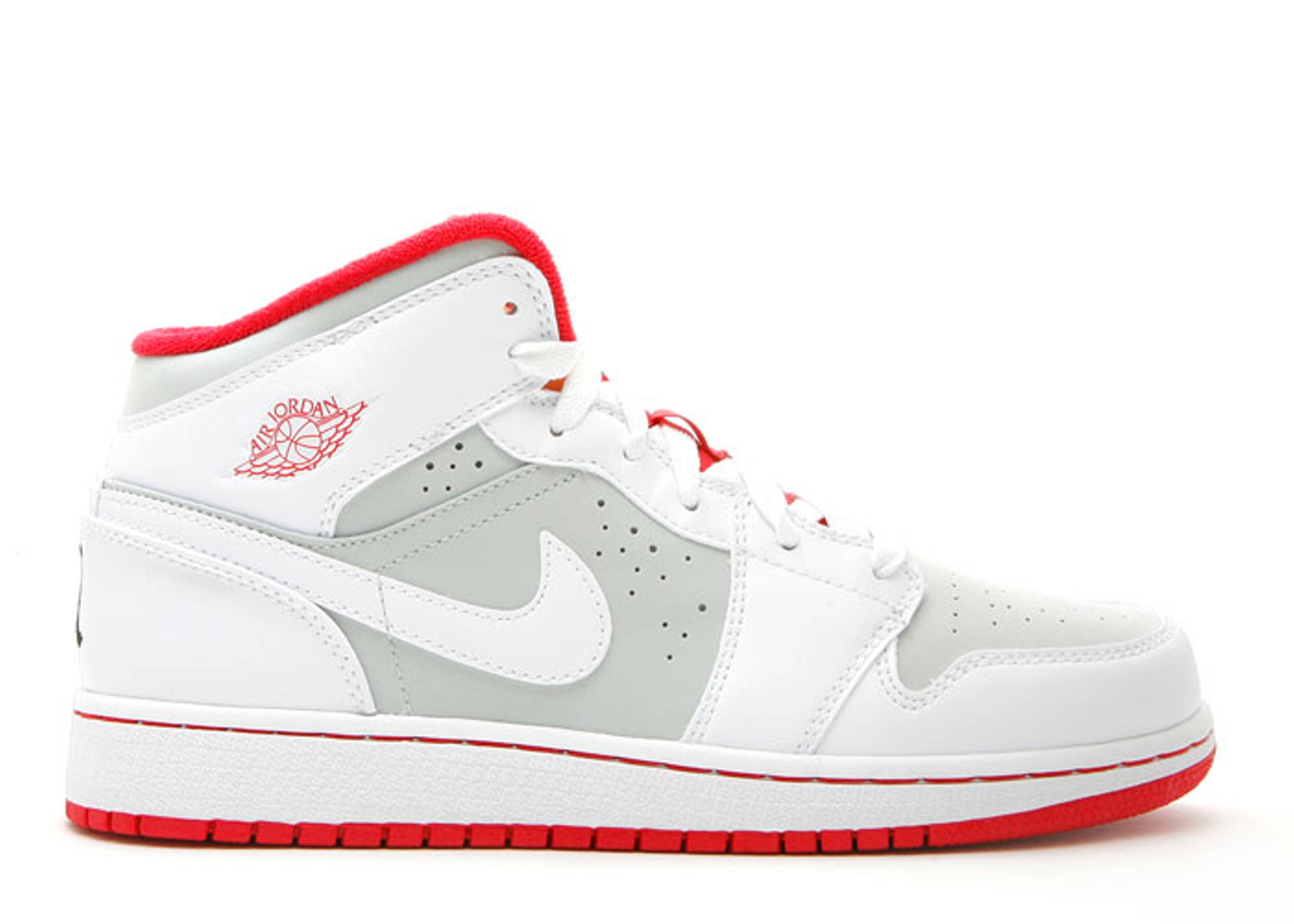 "air jordan 1 (gs) ""hare jordan"""