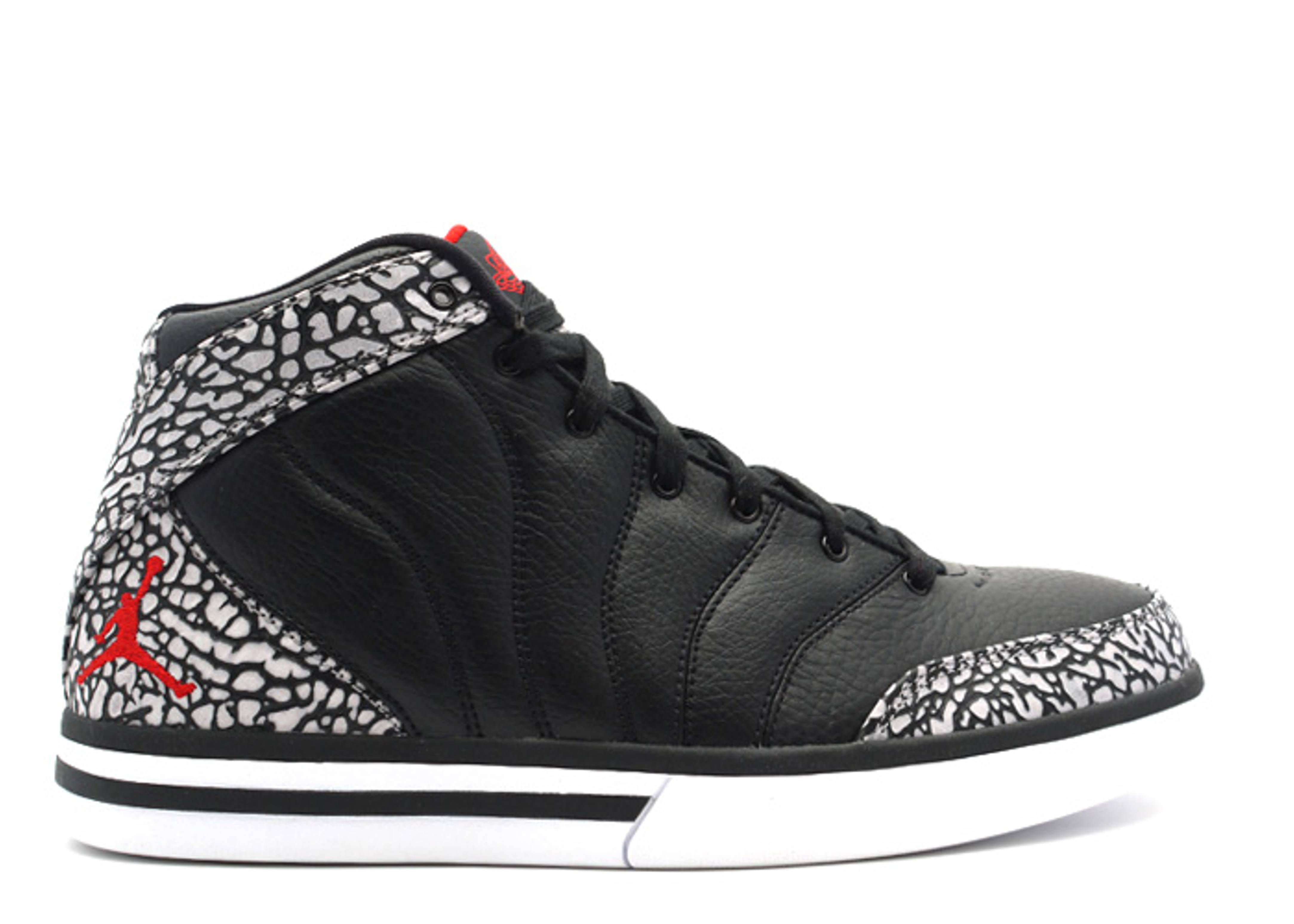 176c8f6ce62e Pro Classic - Air Jordan - 363141 062 - black varsity red-cement ...