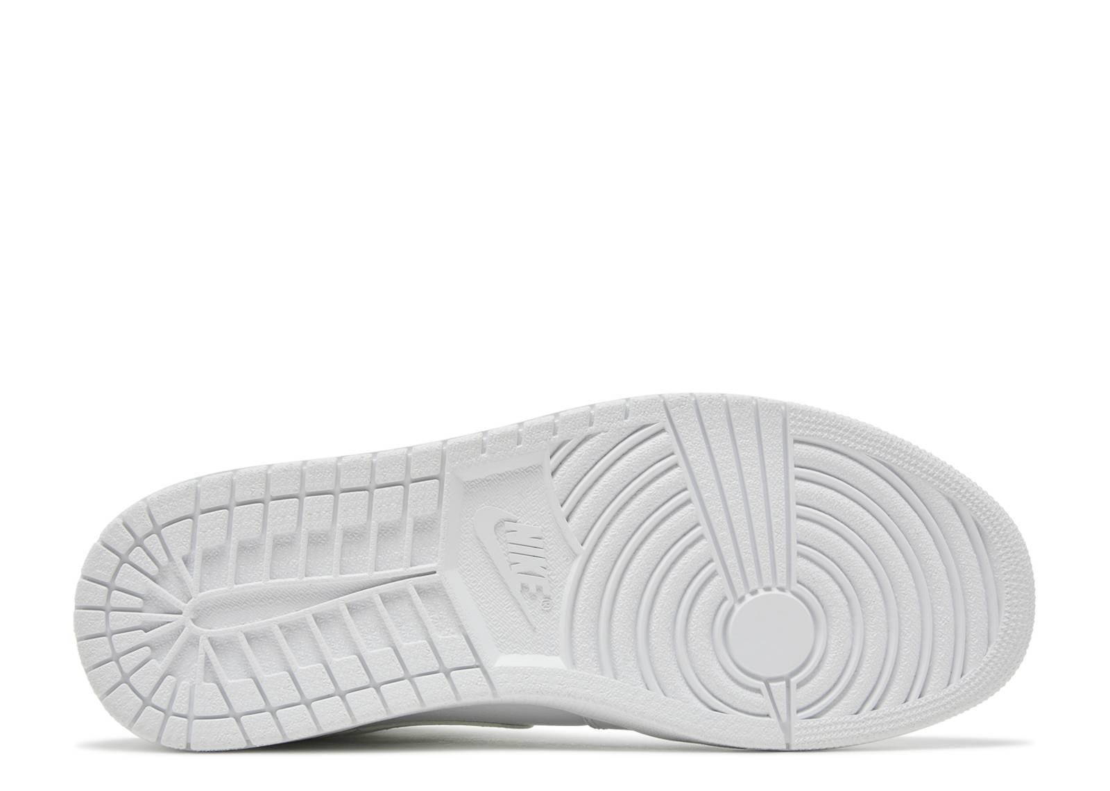 buy popular 5e63e 99350 Air Jordan 1 Mid