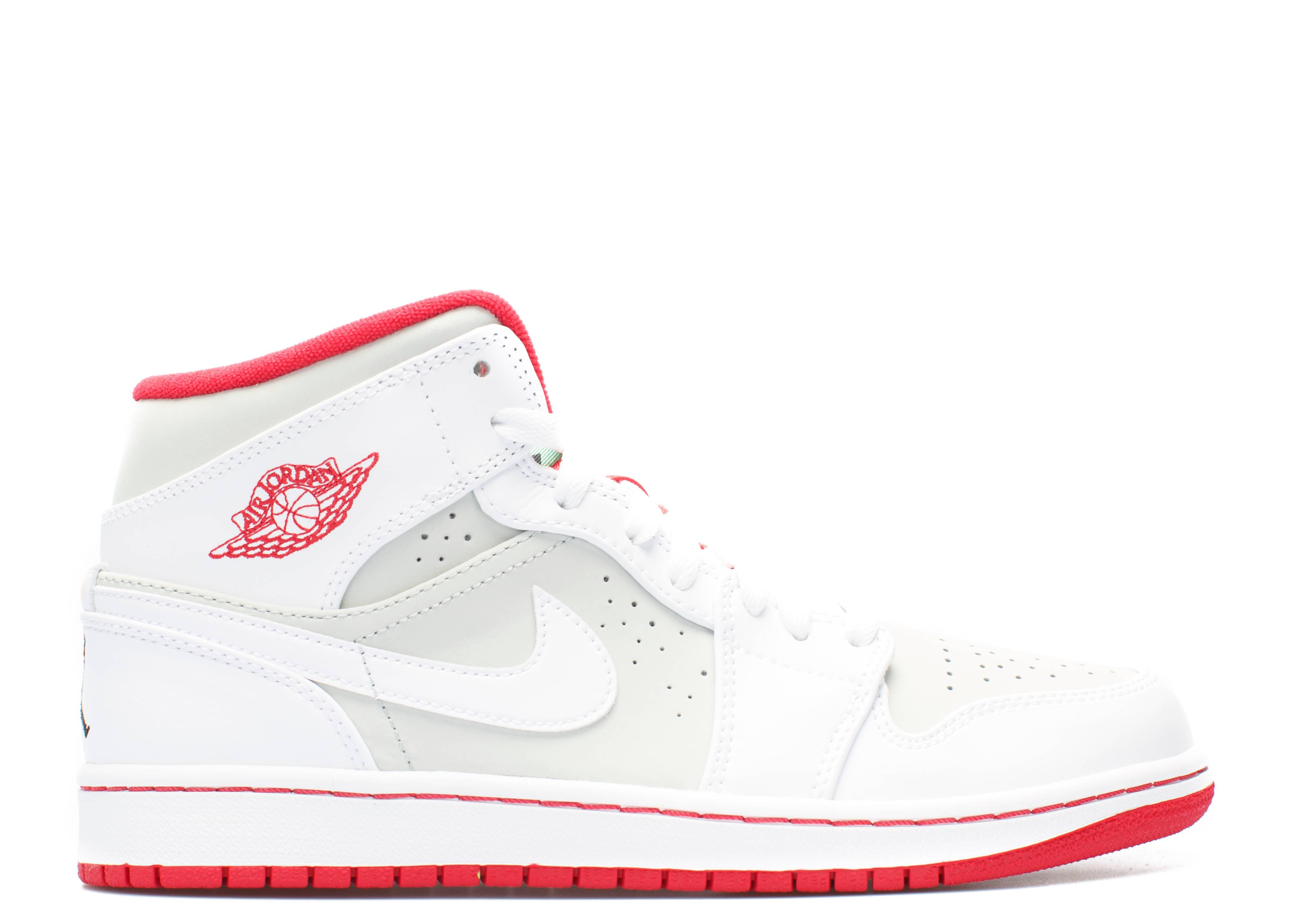 White Shoes Canada Canvs Pumas