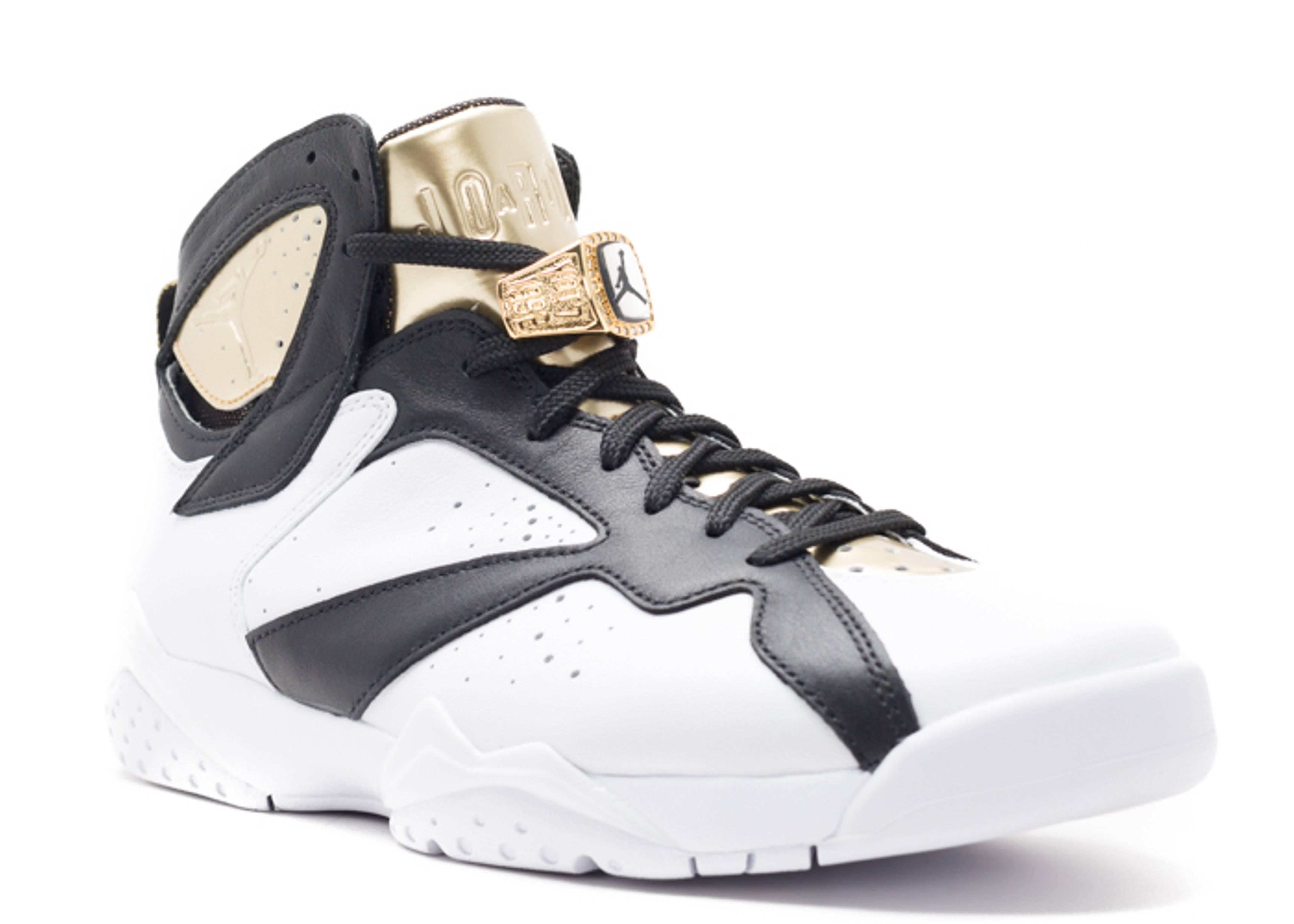 75fd71ee23da6b jordan retro 7 gold and black