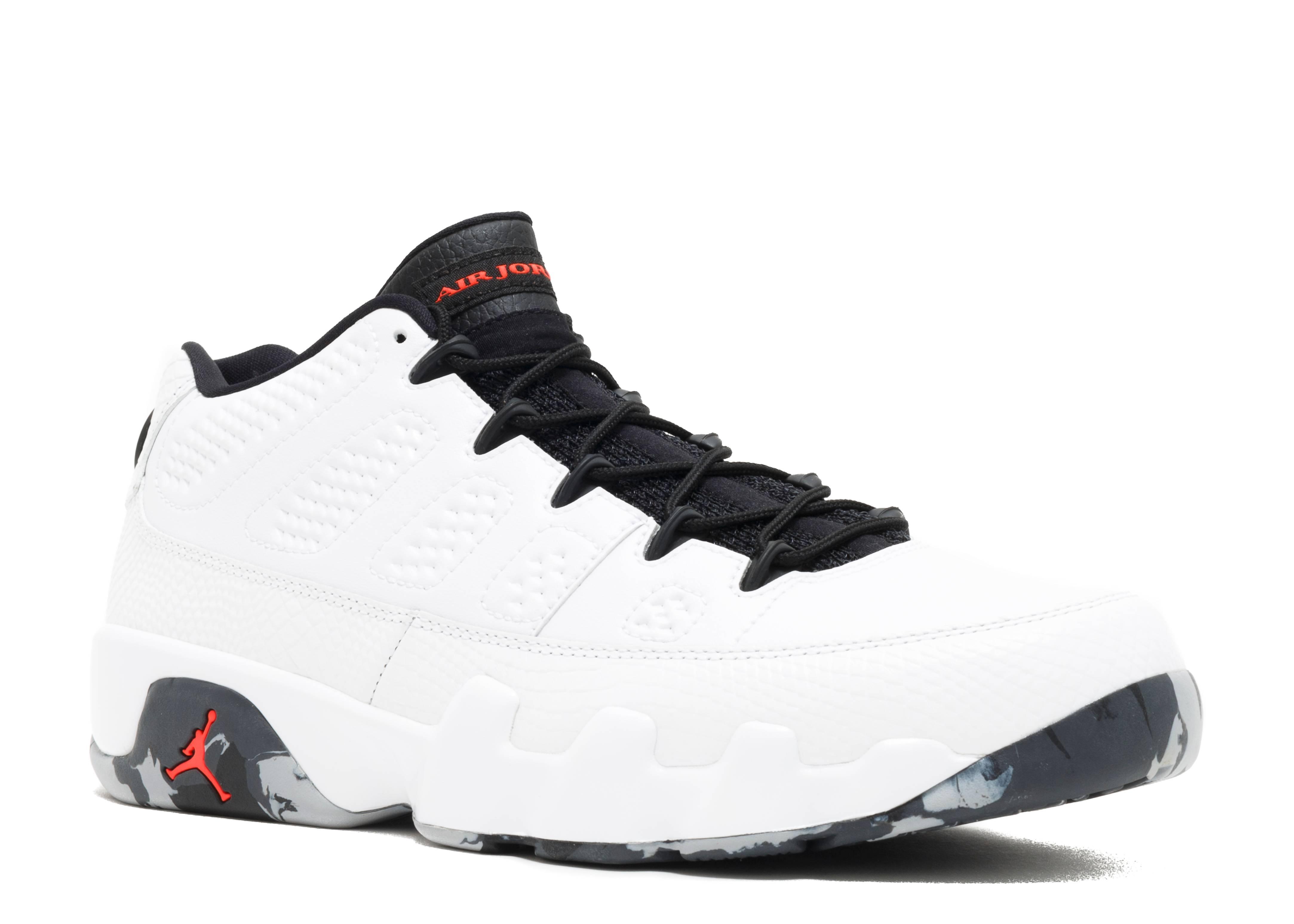 Air Jordan Classic