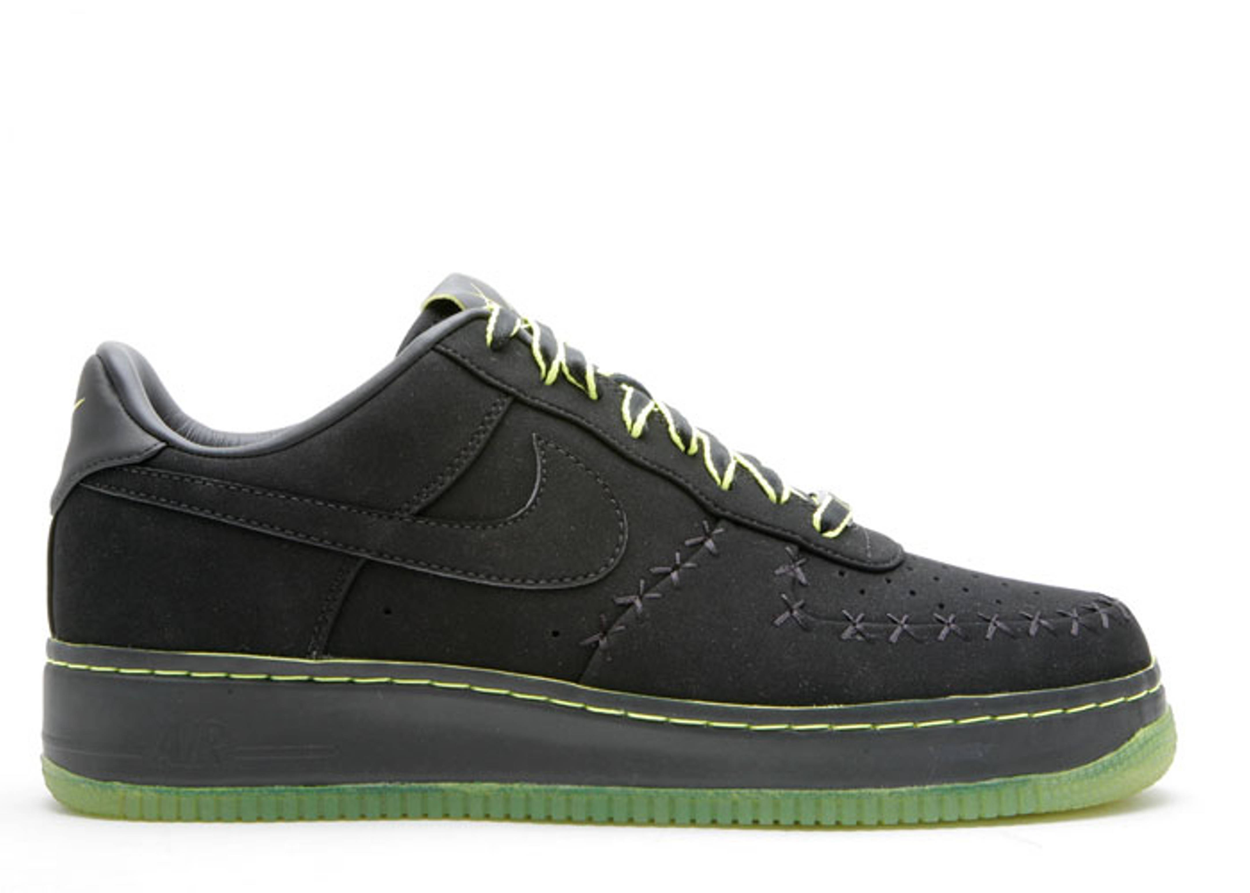 "air force 1 low supreme ""kaws"""