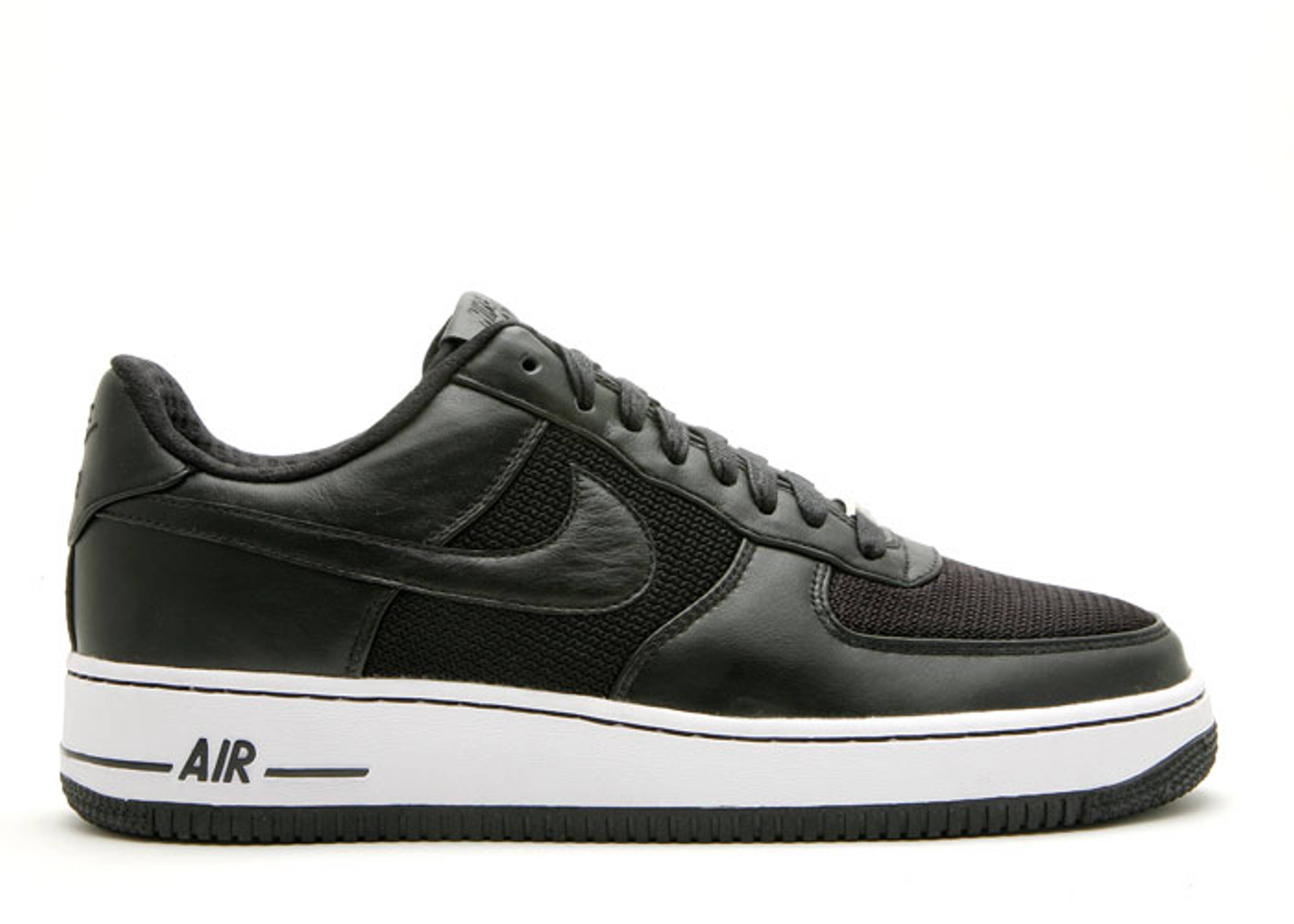 "air force 1 low premium id ""blackout"""