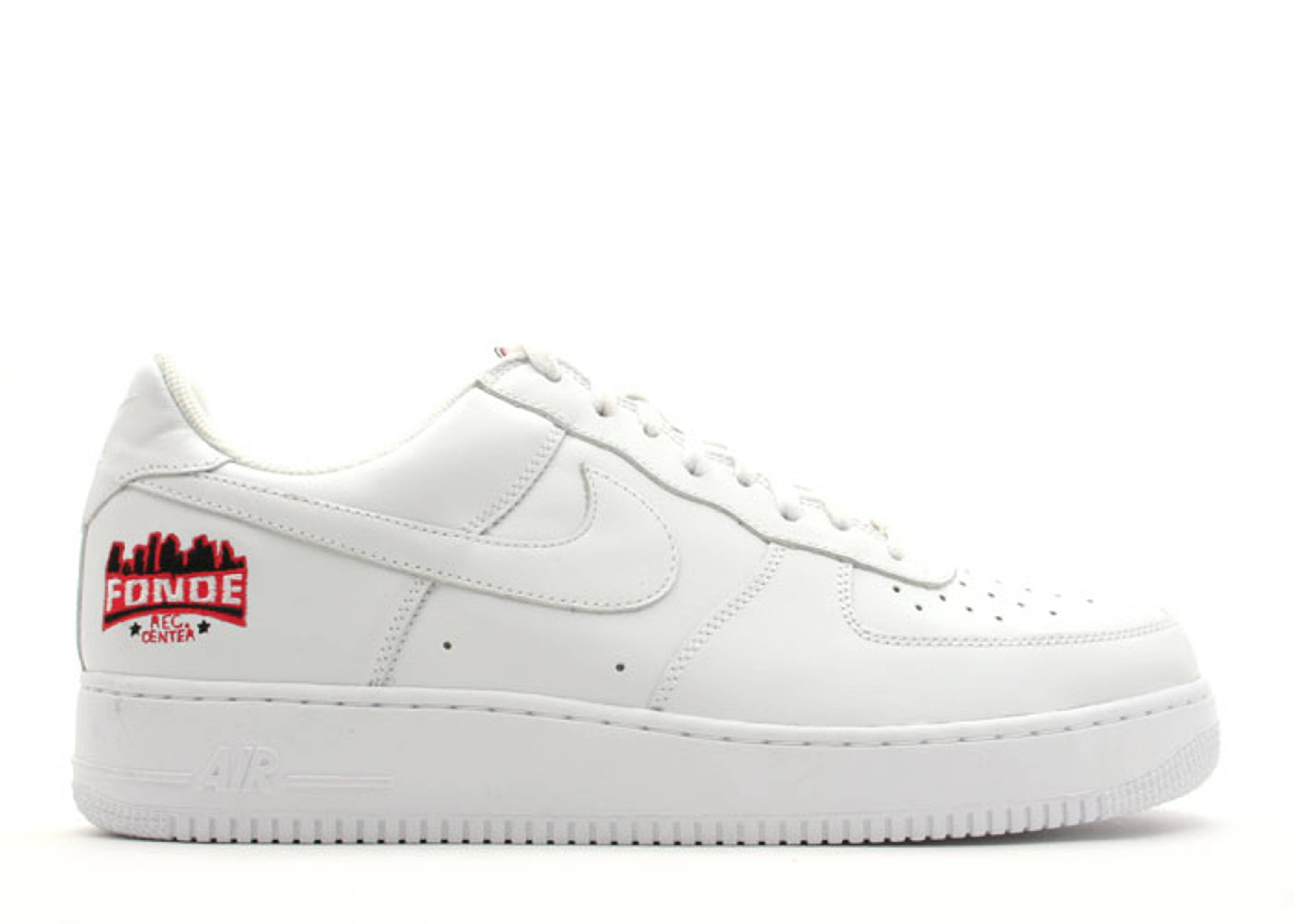 "air force 1 low ""fonde rec center"""