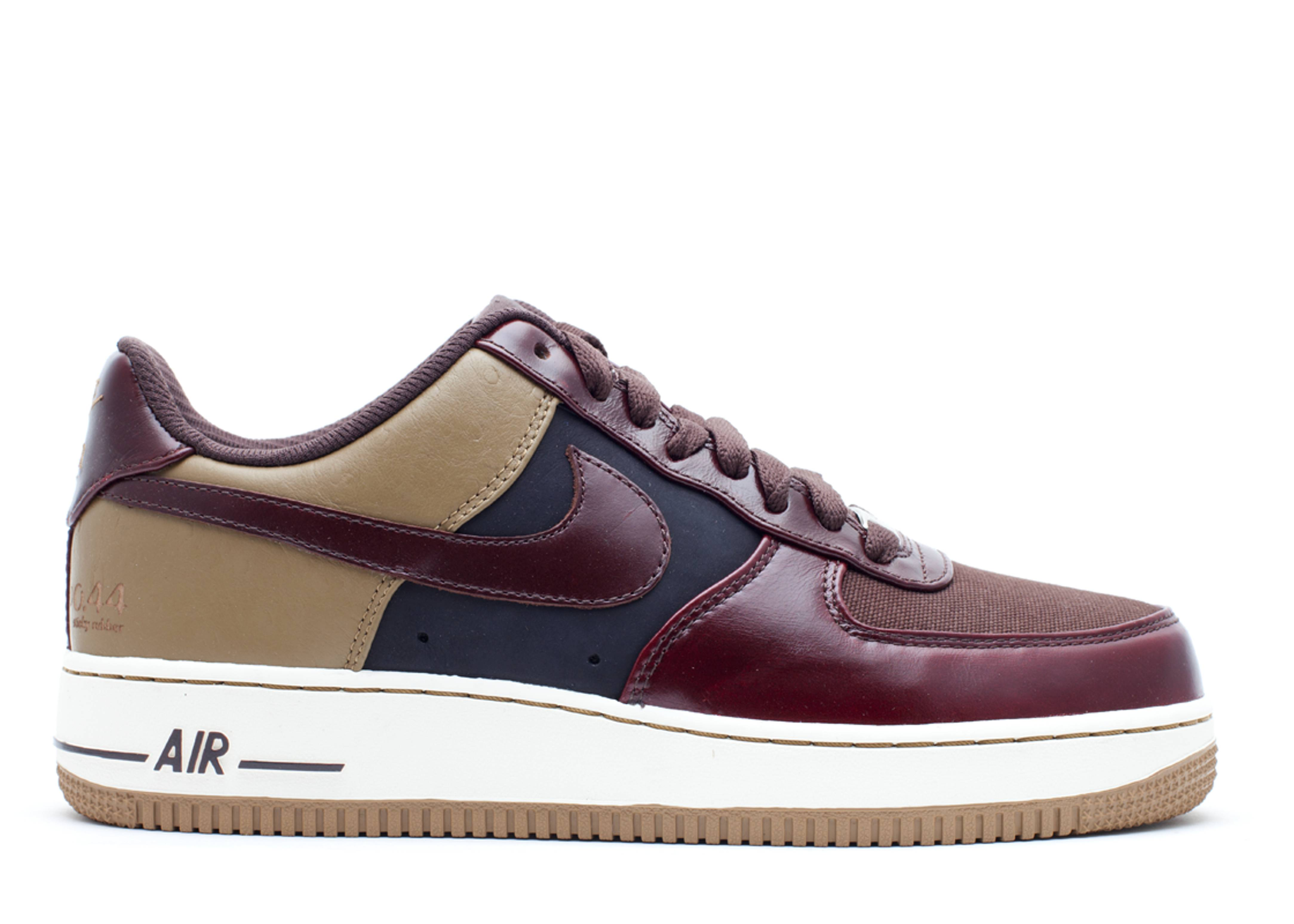 "air force 1 low premium ""clark kent"""