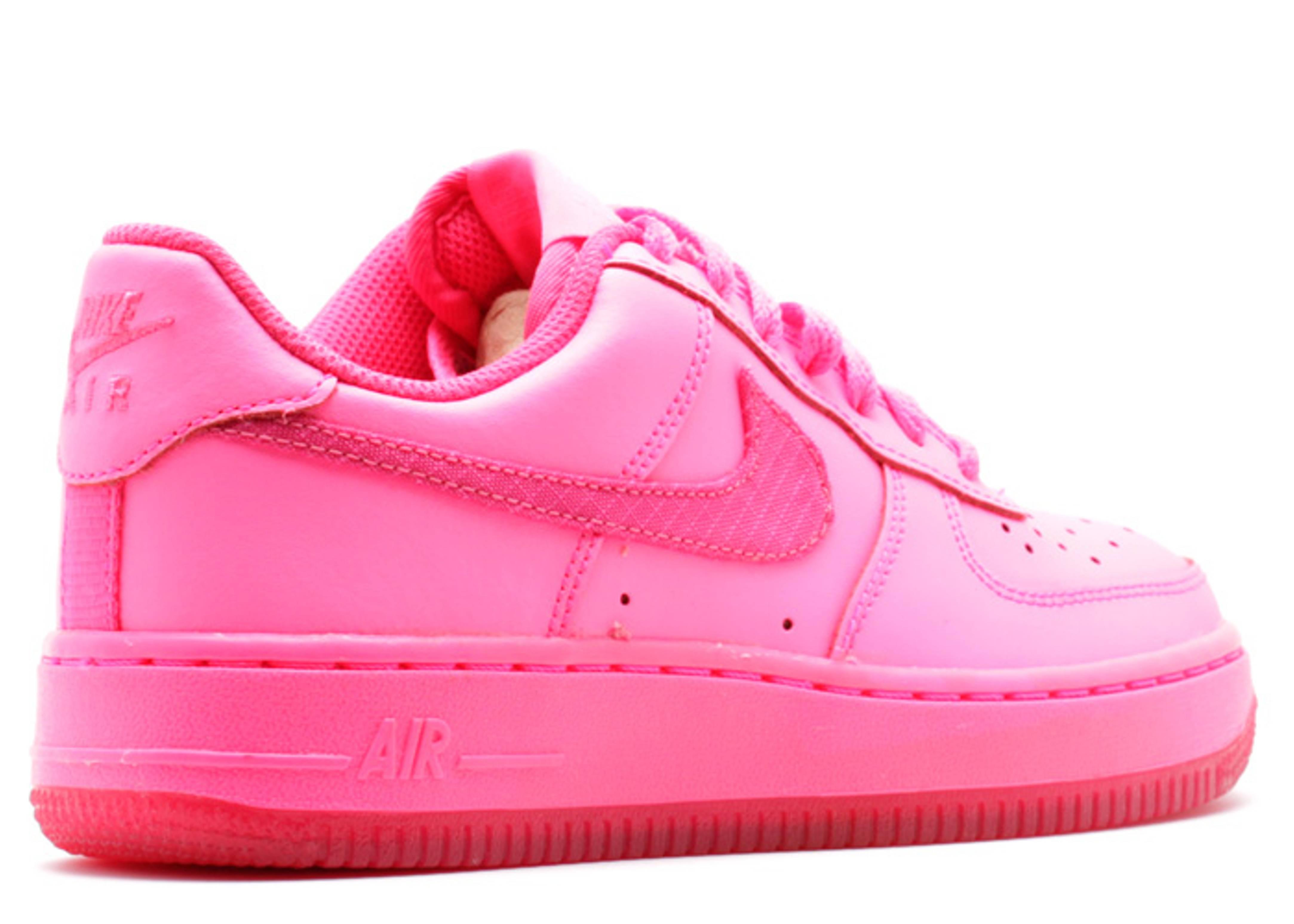 Nike Air Force 1 Hyper Pink Cement par sneakersmadame
