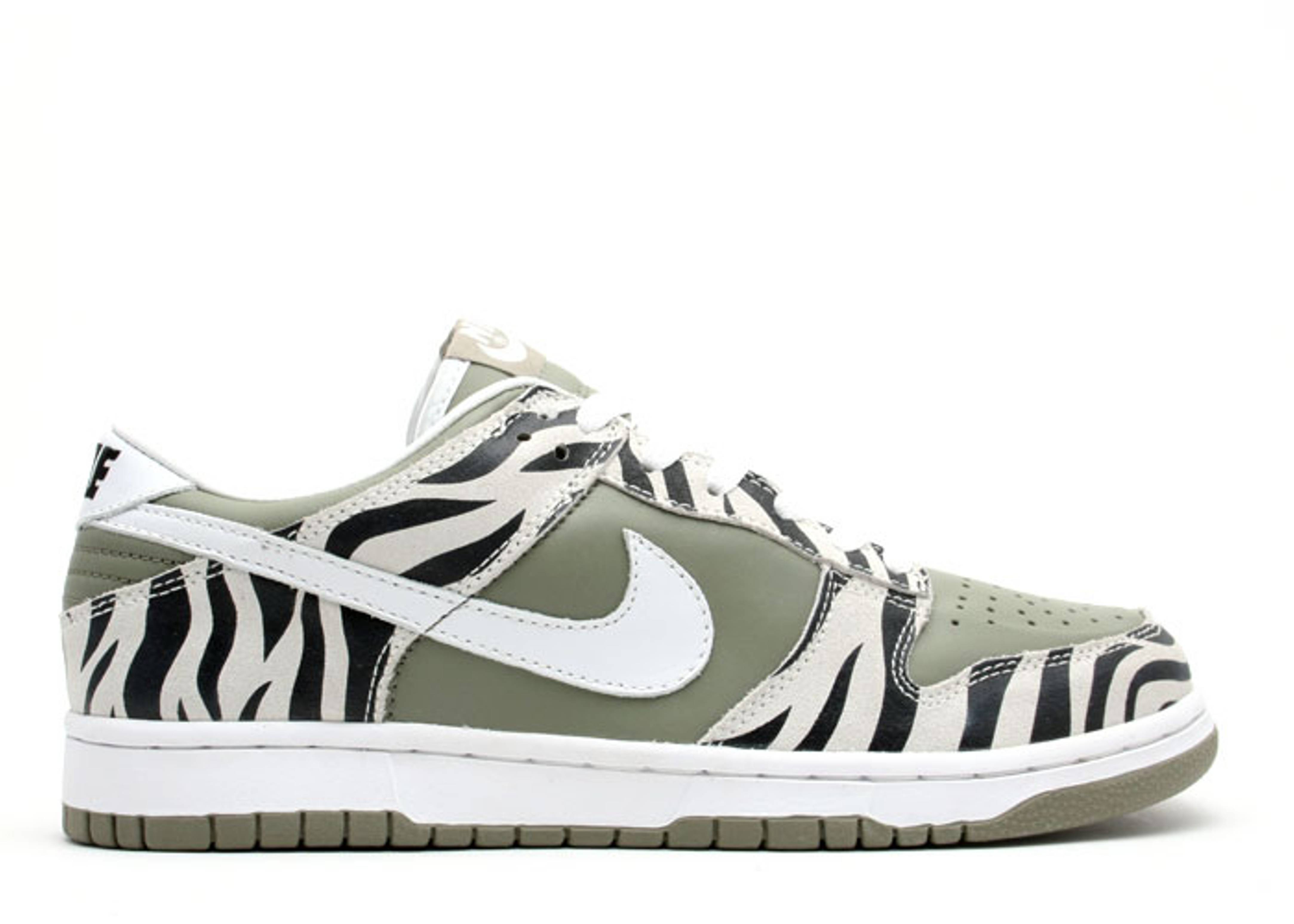 check out b0e32 a4c0d nike. dunk low
