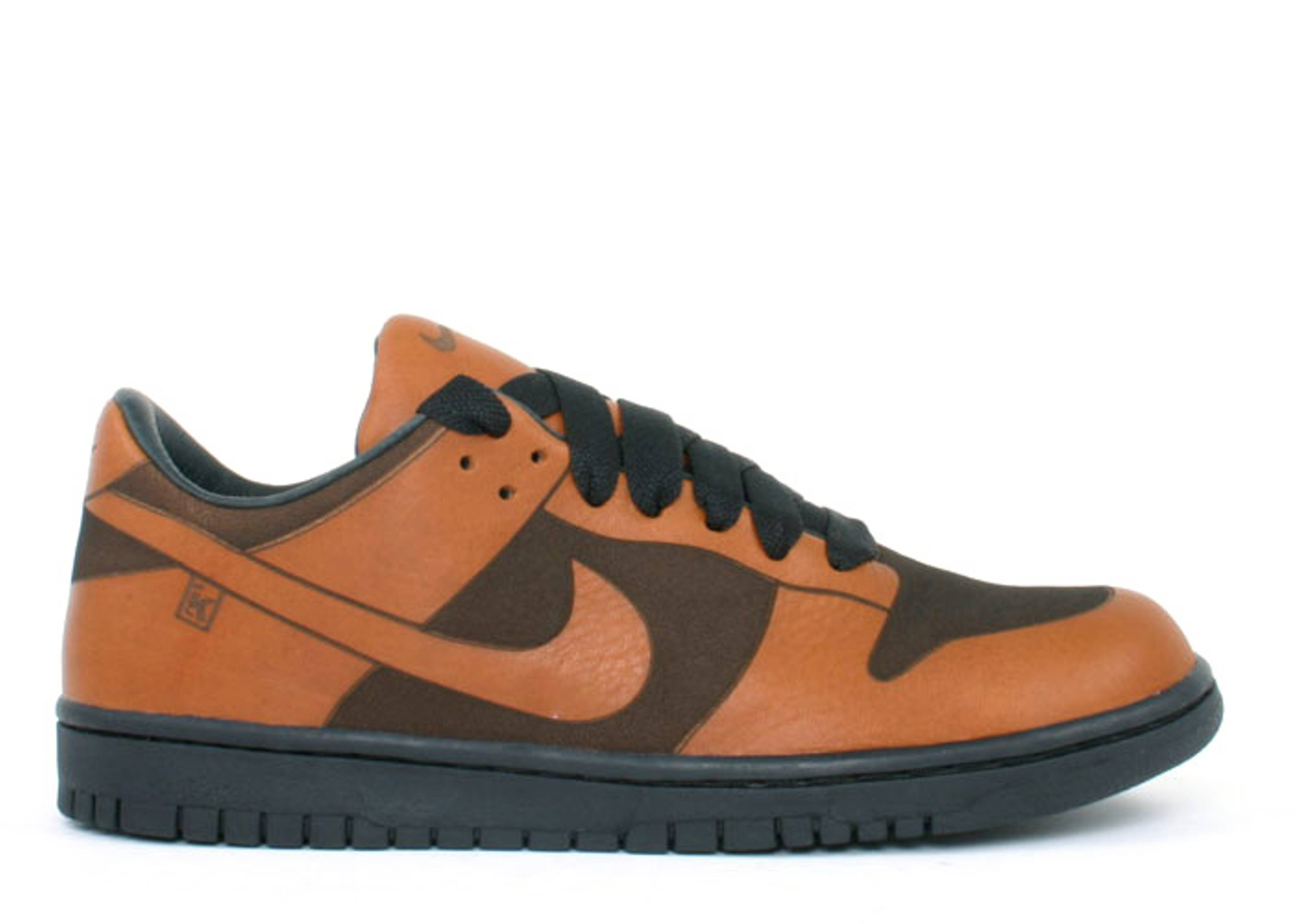 """dunk low 1 piece """"sole collector"""""""