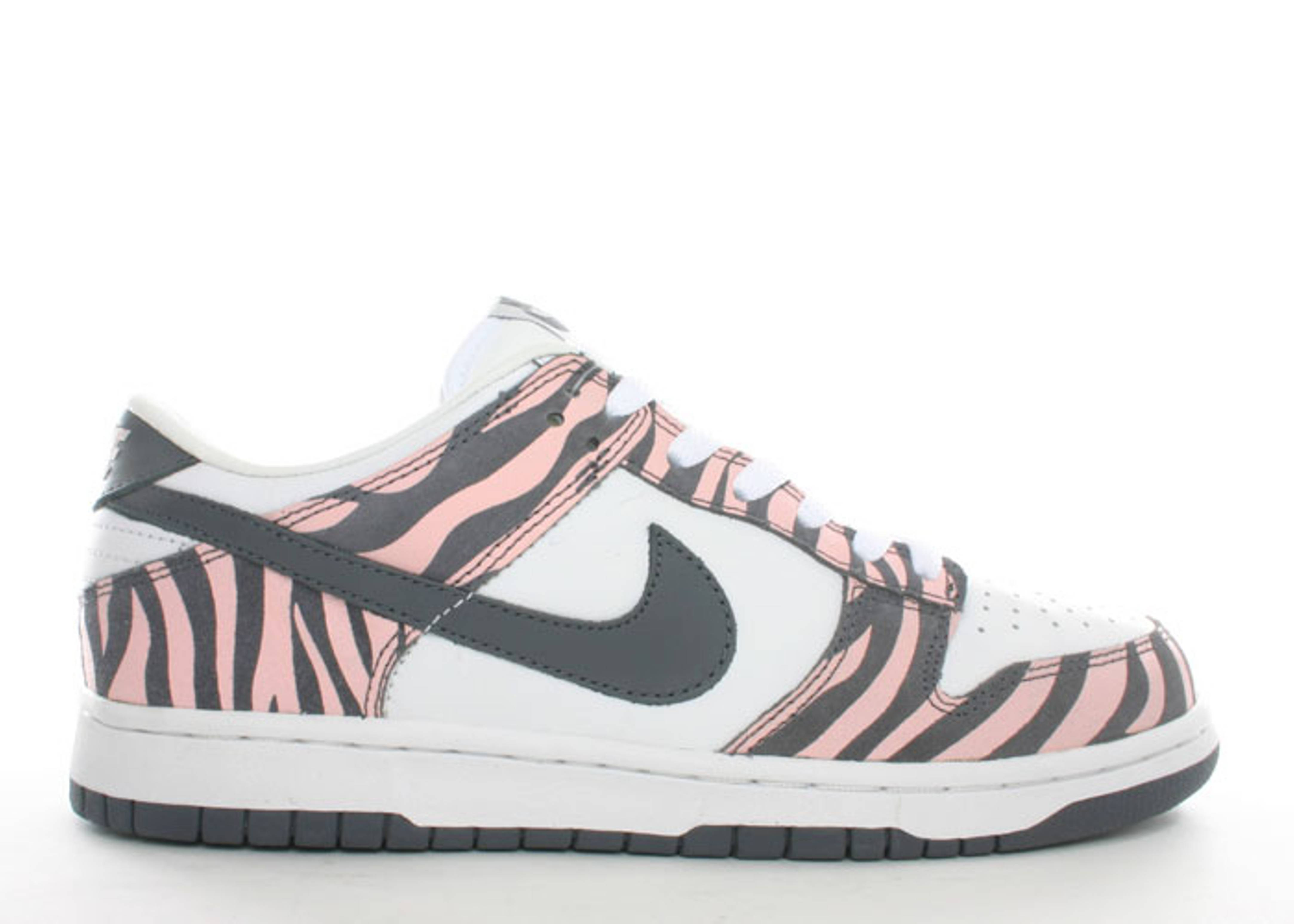 "wmns dunk low ""zebra"""