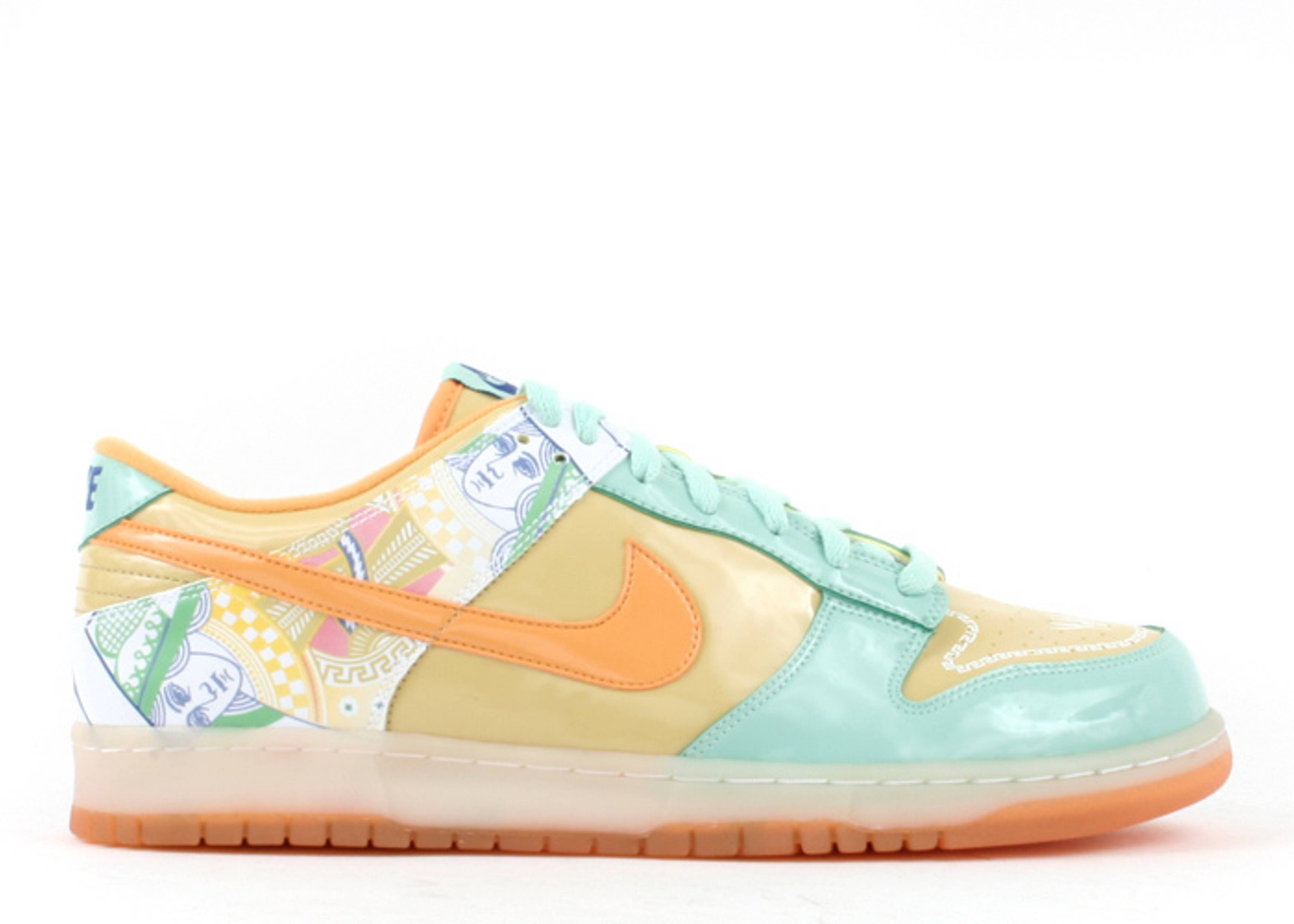 """womens dunk low premium """"collection royale serena williams"""""""