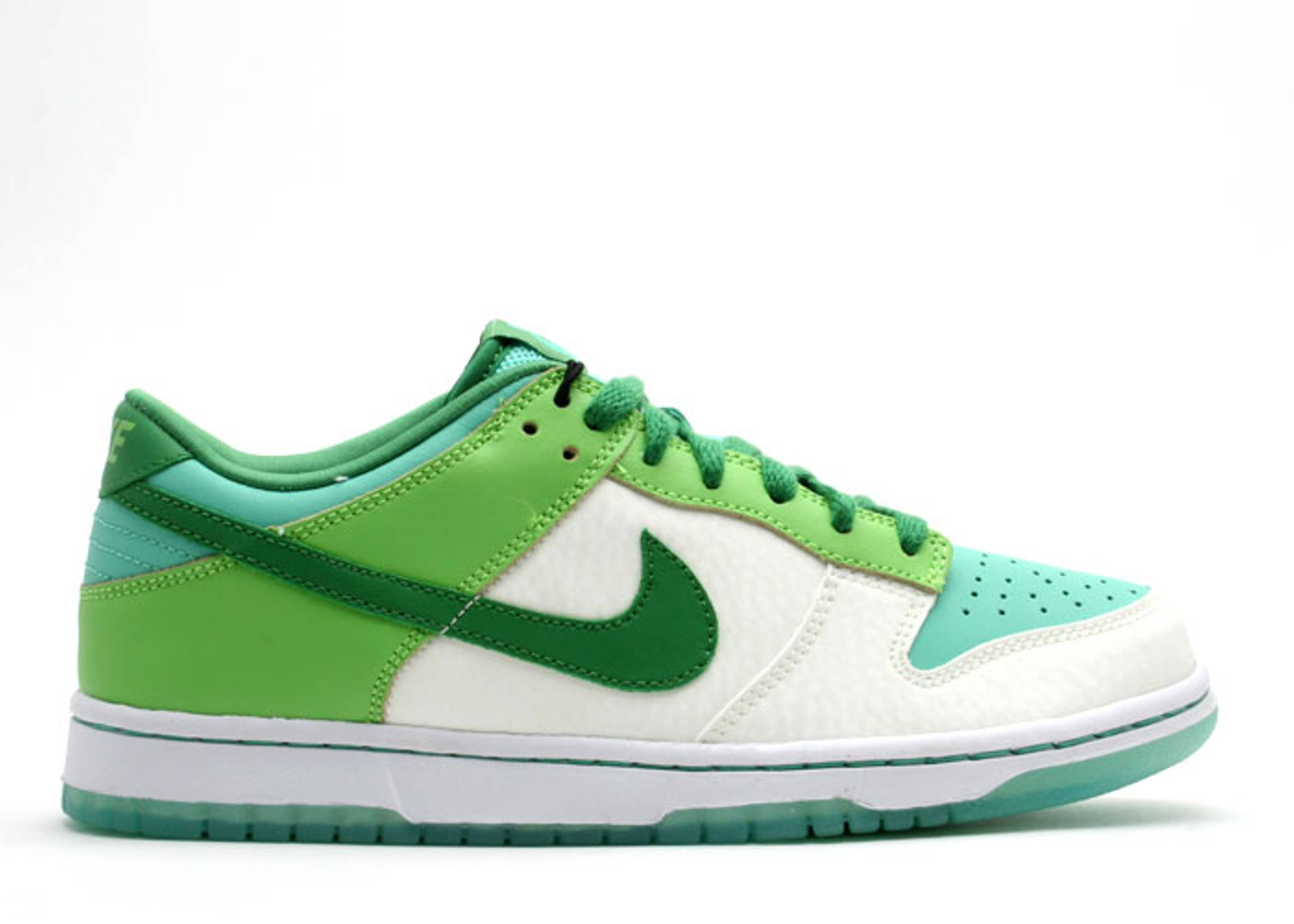"dunk low (gs) ""glow in the dark"""