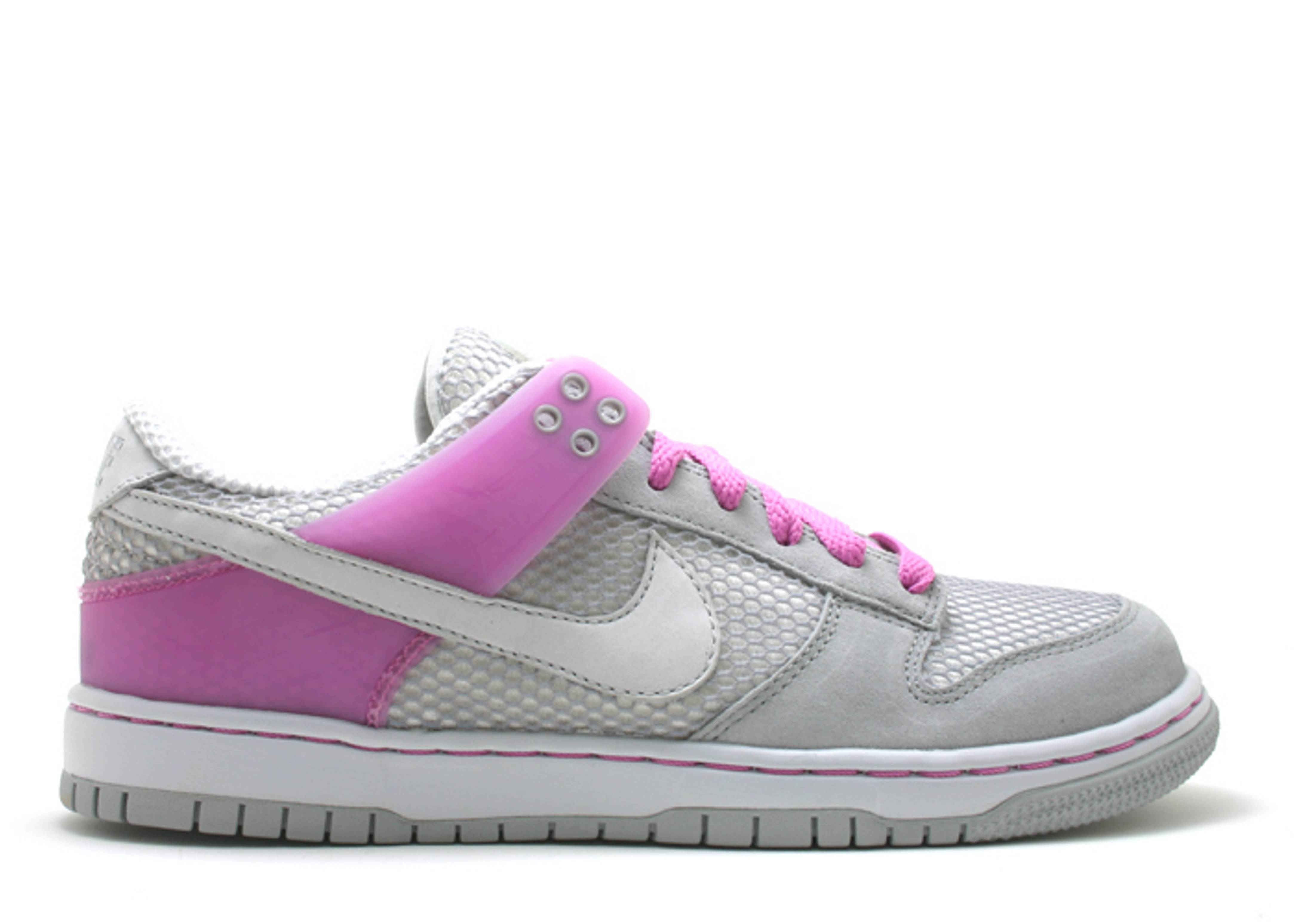 w's dunk low