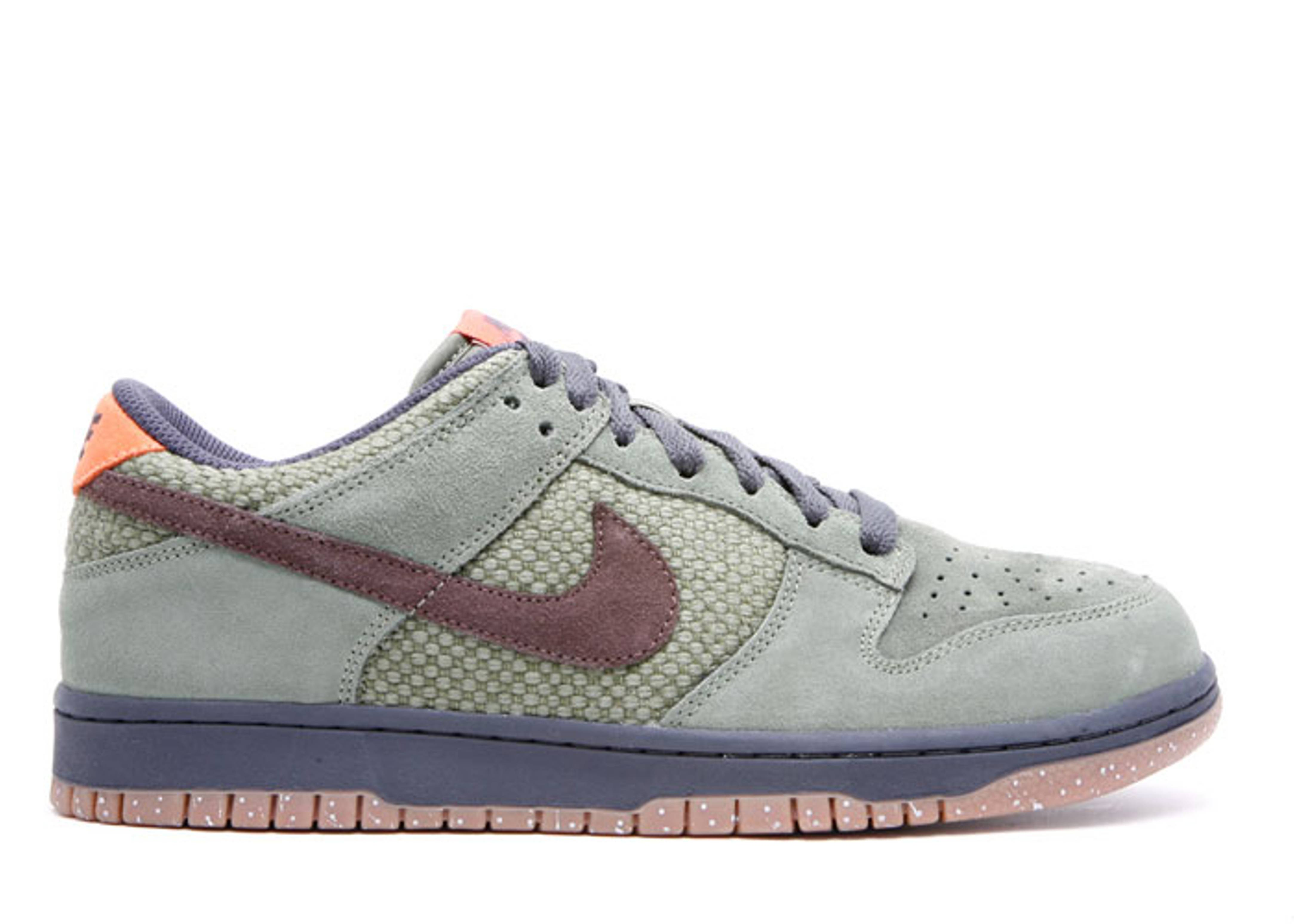 93cd2ef16617 Dunk Low Cl - Nike - 318020 321 - urban haze baroque brown-anthracite
