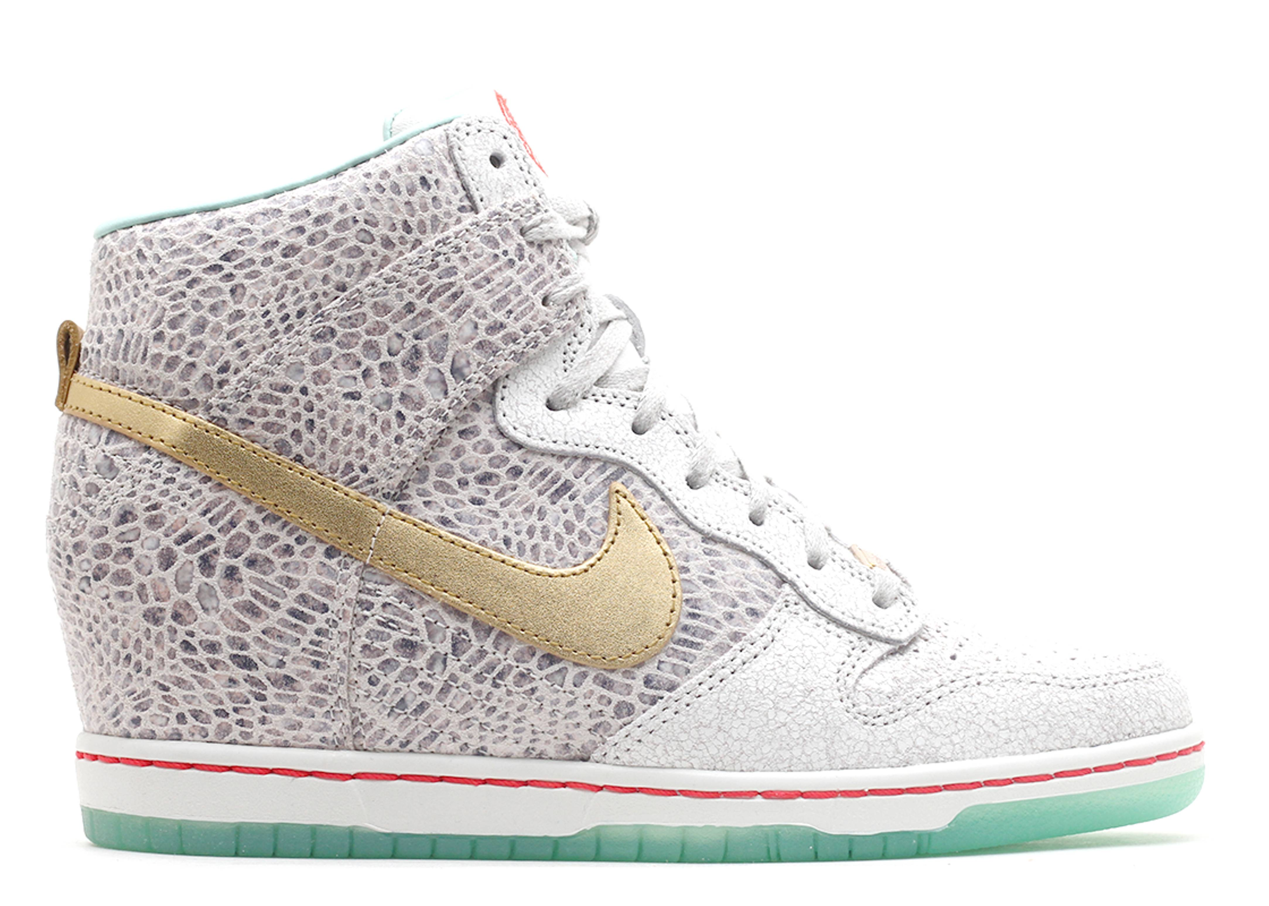 """w's dunk sky hi yoth qs """"year of the horse"""""""