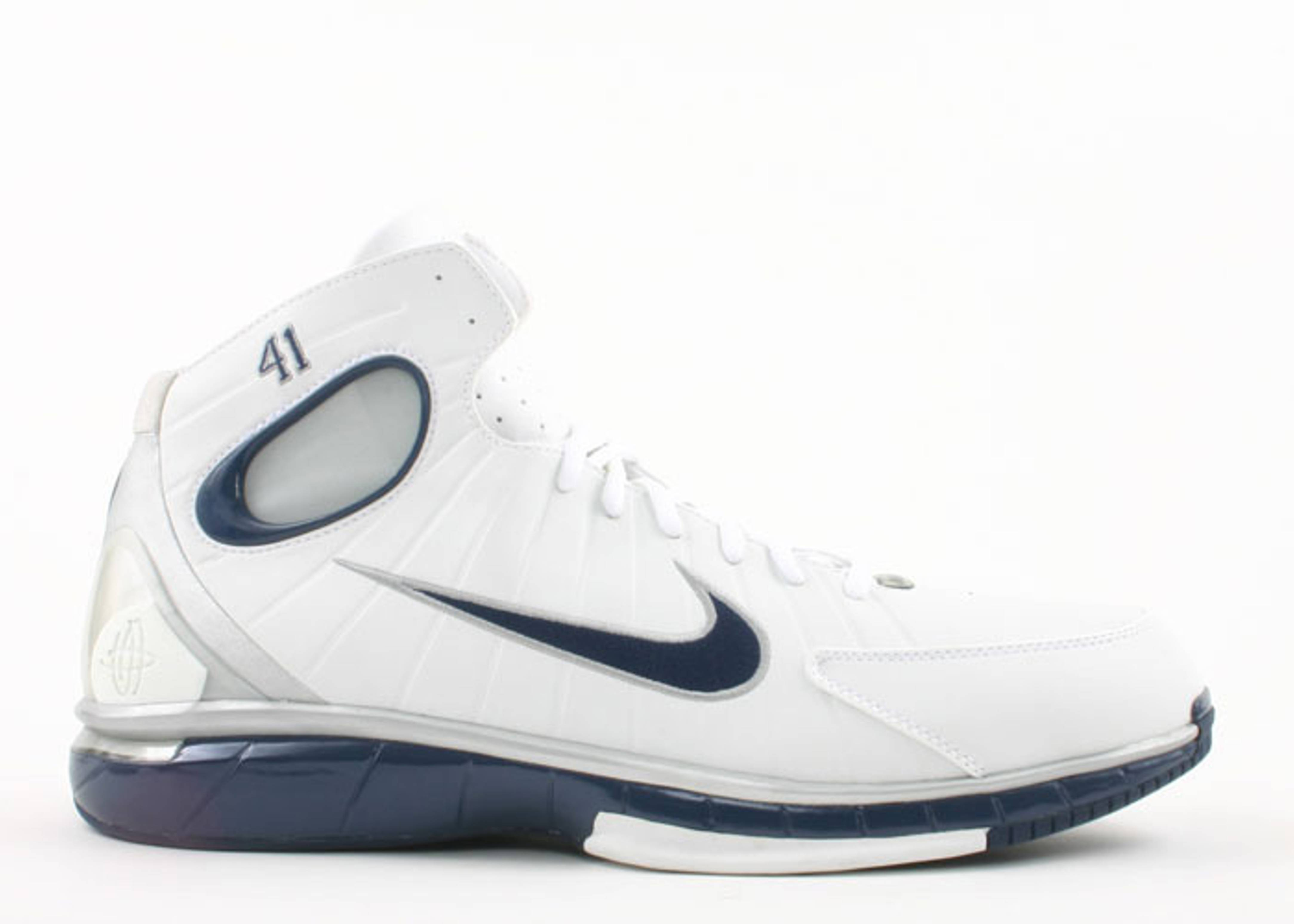 "air zoom huarache 2k4 ""dirk nowitzki player edition"""