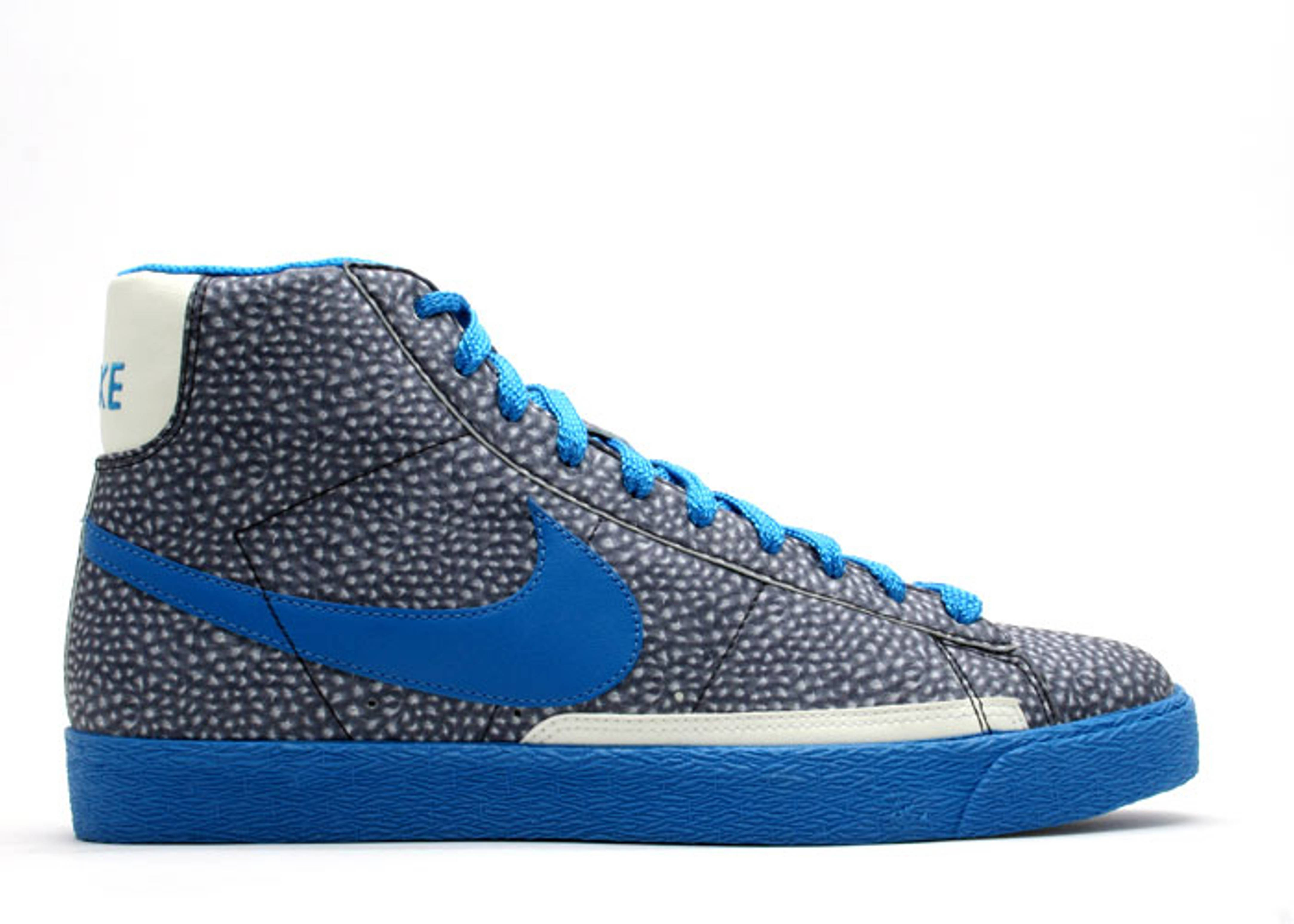 "blazer hi premium ""glow in the dark"""