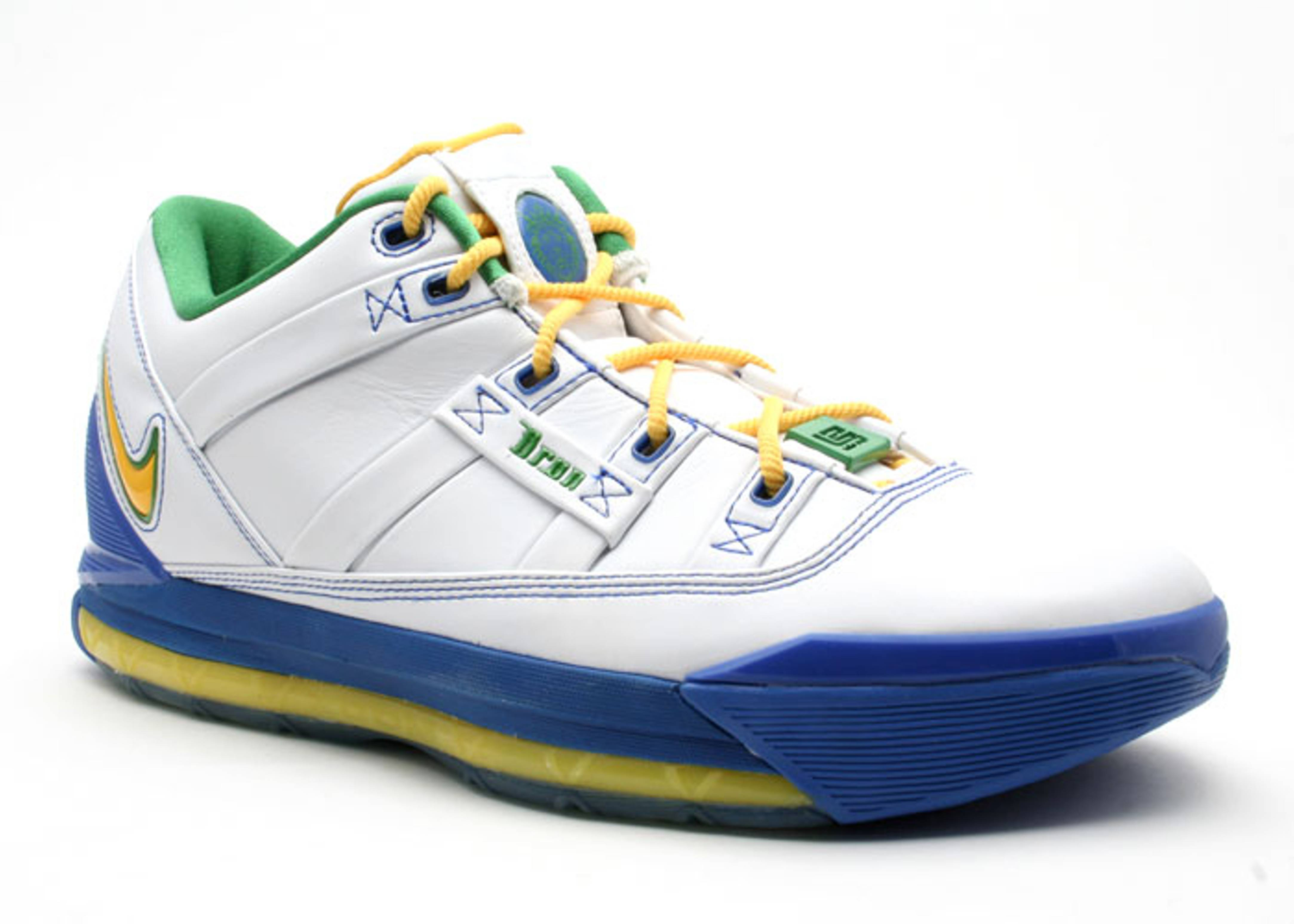 db02ab8ac2 Lebron Shoes 9 Low White