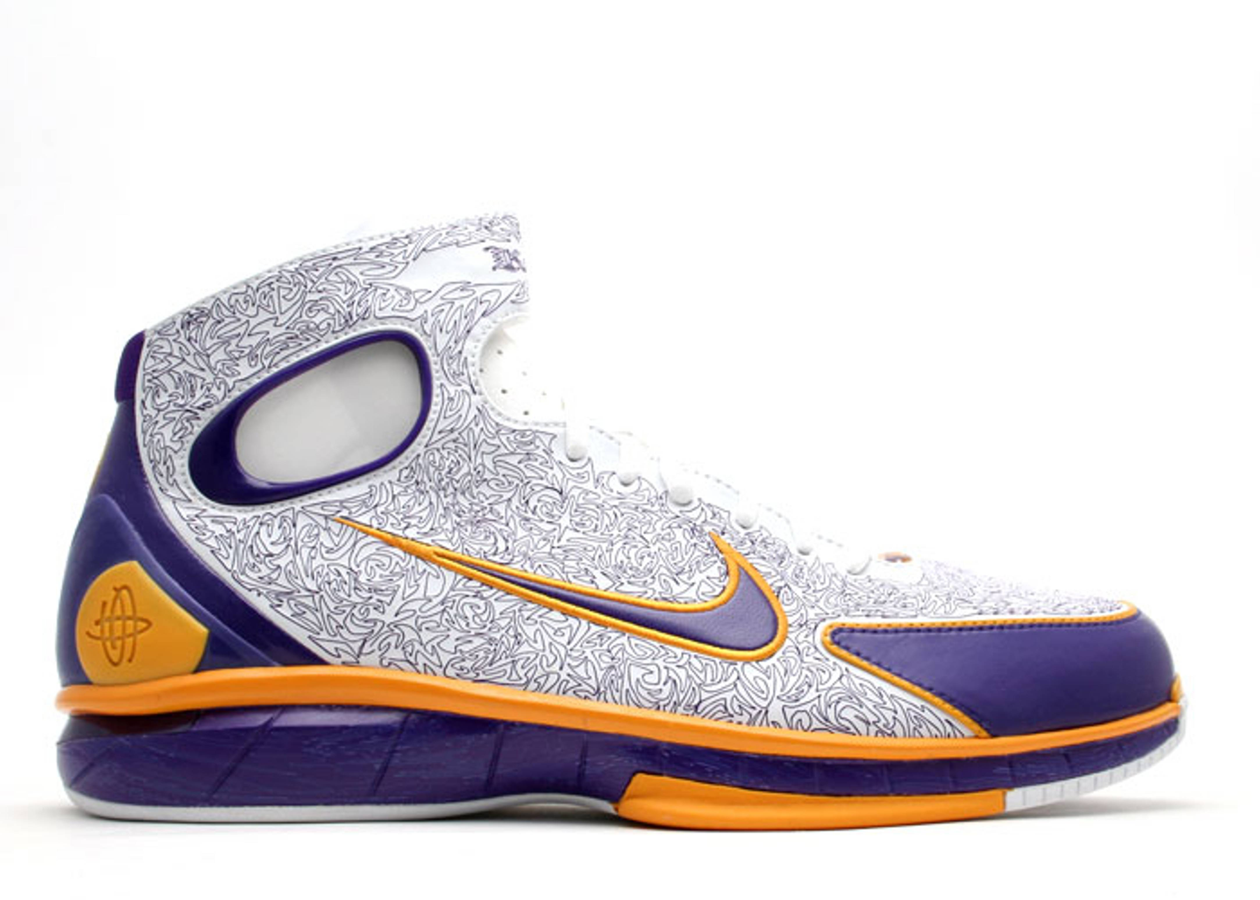 "air huarache 2k4 ""kobe bryant player exclusive"""