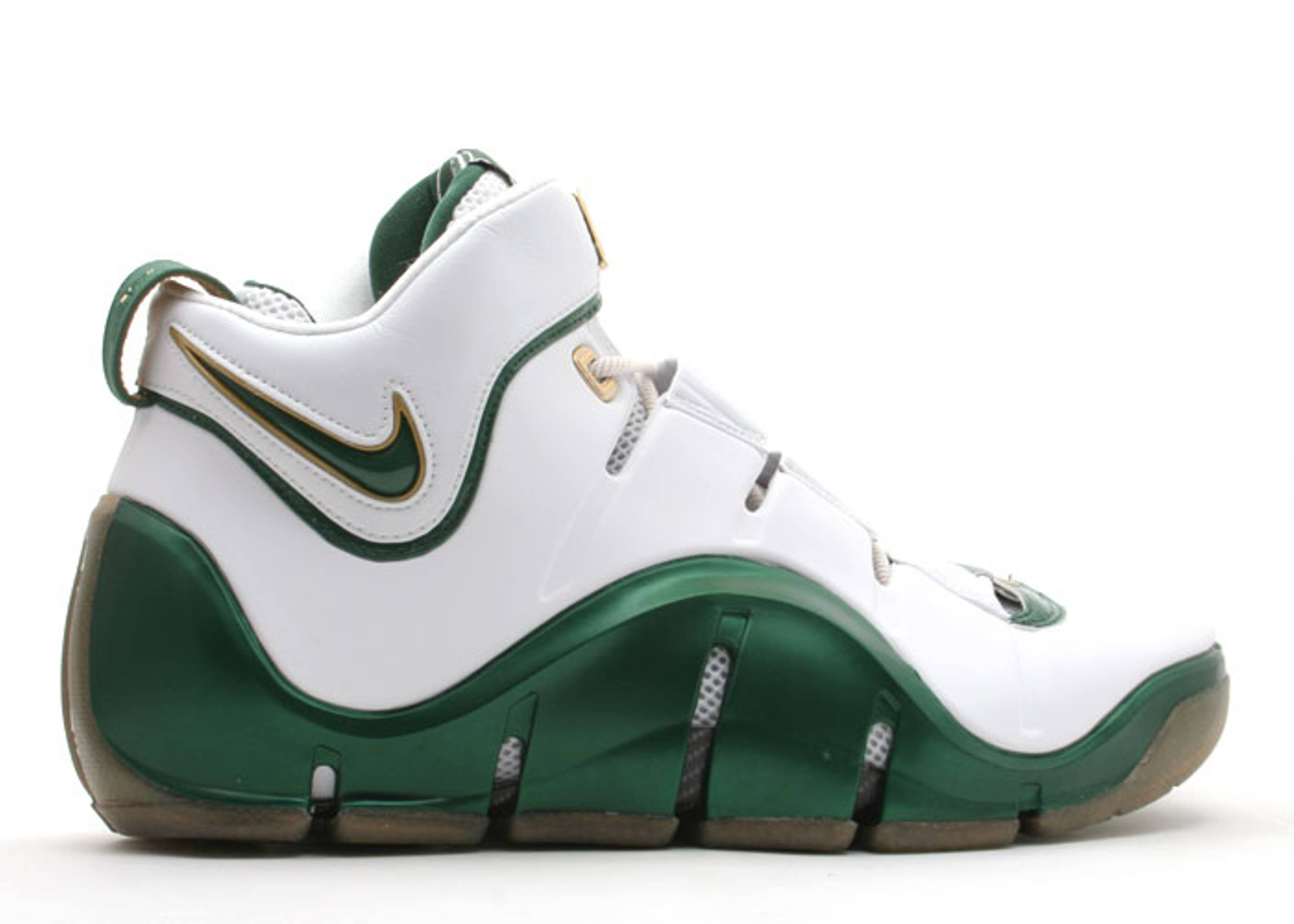 "zoom lebron 4 ""svsm home"""