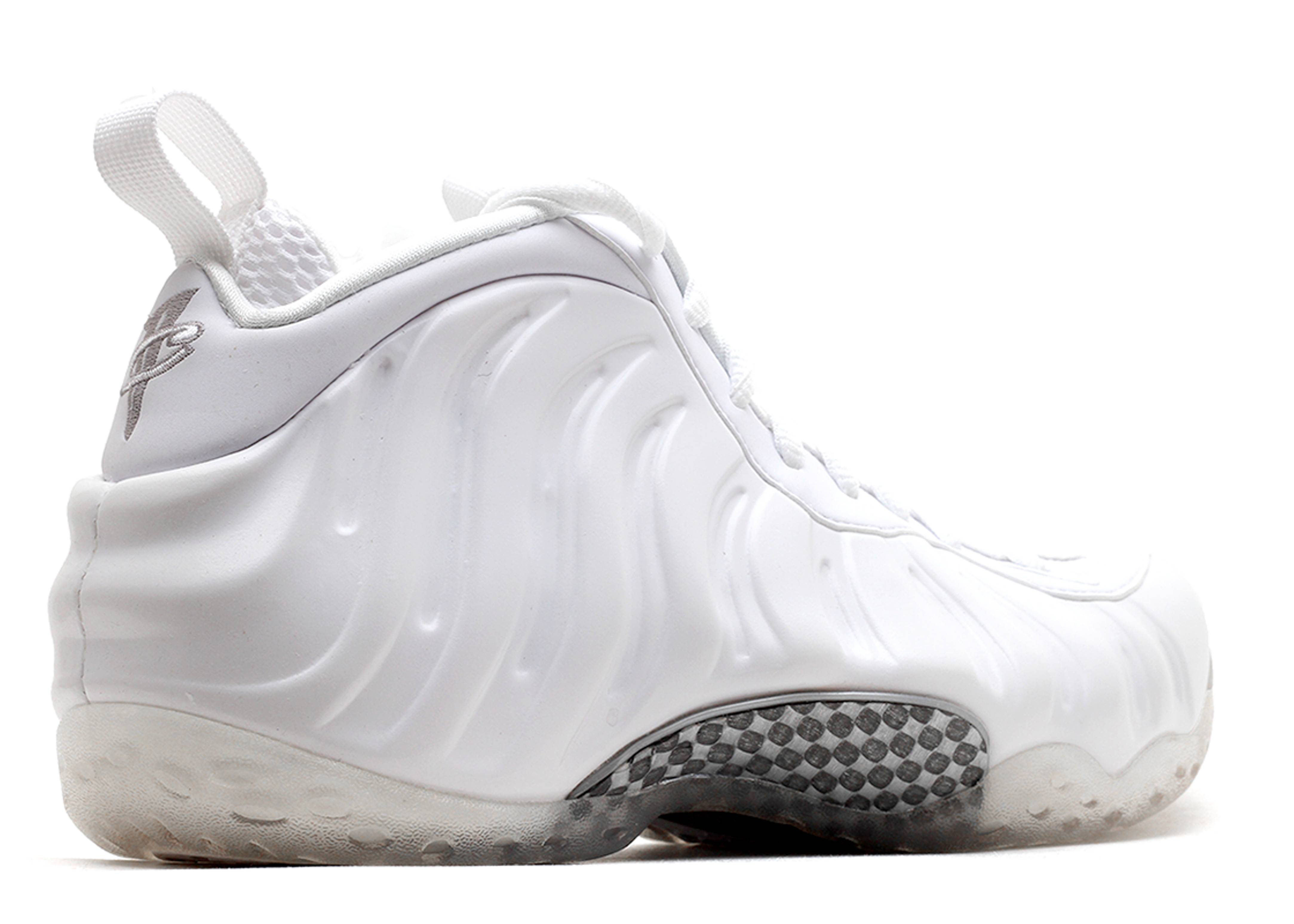 6b54966711a ... white out  nike. air foamposite one ...