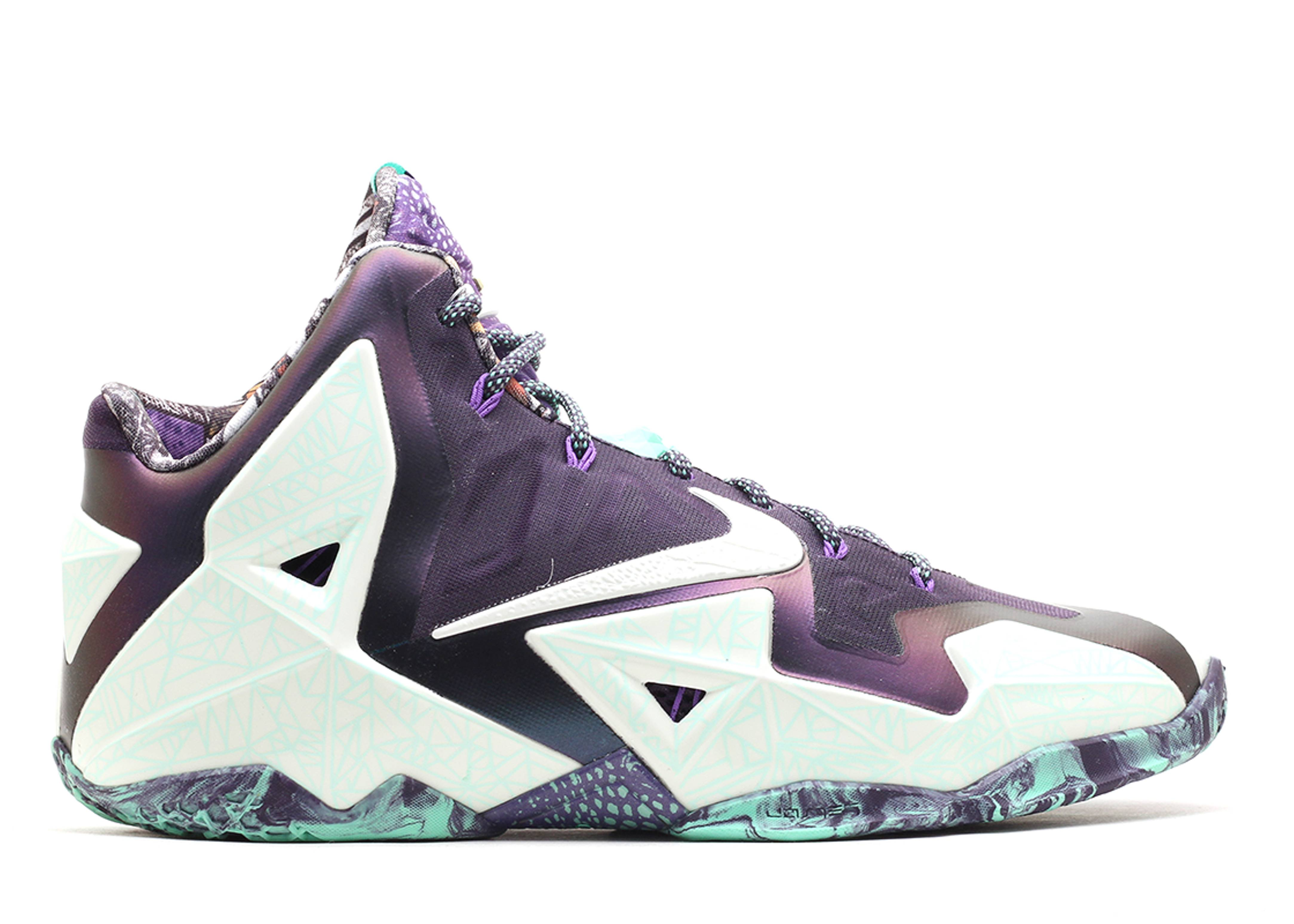 Nike LeBron 11 NOLA Gumbo League \ Sneakers (Cashmere/Green Glow-Purple Dynasty)